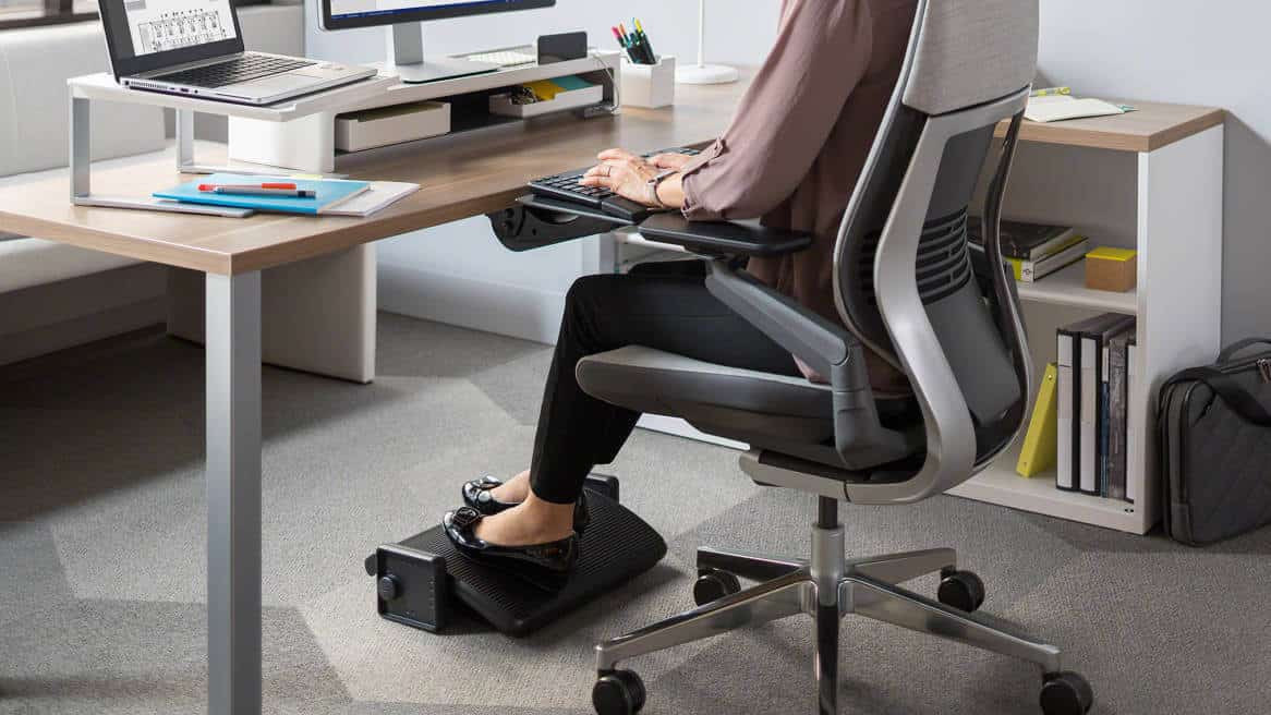 How To Sit In Office Chair During Pregnancy Office Solution Pro